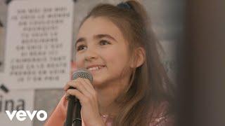Смотреть клип Angelina - Voulez-Vous Danser