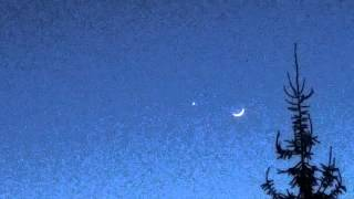 February 20, 2015 Crescent Moon with planet Venus & Mars