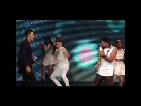 Renny  ¡Ay Amor!  feat.Joey Montana en Sambil Model 2015