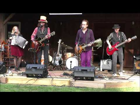 Gandalf Murphy And The Slambovian Circus Of Dreams Fiddle & Folk Festival Benner's Farm Clip 3