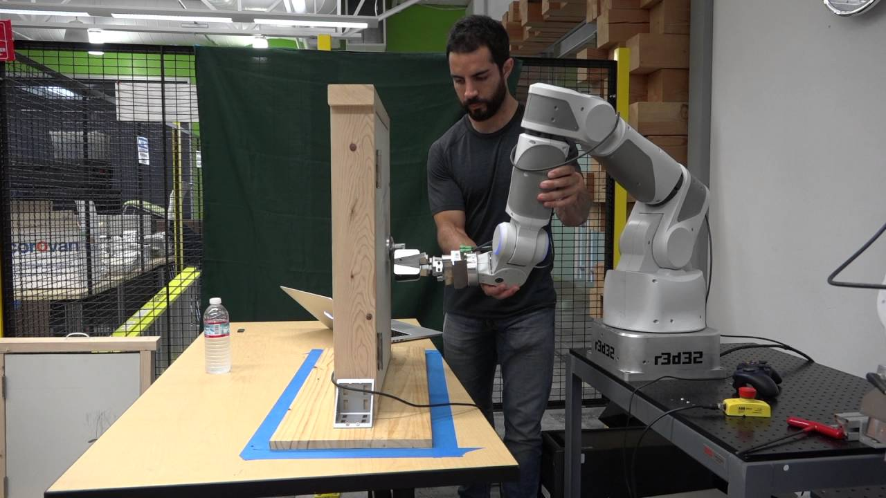 Google AI Blog: How Robots Can Acquire New Skills from Their Shared