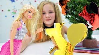 Новогоднее видео с Барби: Ёлочные игрушки