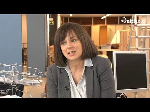 """EMMA SUÁREZ REPORTAJE SOBRE EL RODAJE DE """"70 BINLADENS"""" EN ETB (16/03/2018)."""
