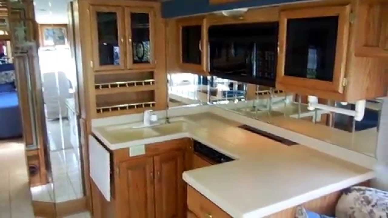 2000 national rv tradewinds 7371 diesel pusher class a , slide out, low  miles, $37,900