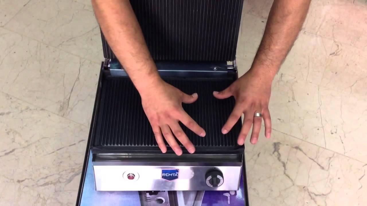 Tost Makinesi Temizliği