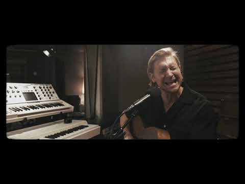 """Wilder Woods – """"Crazy/Mary Janes Last Dance"""" (Cover) from Atlantic Records Studio"""