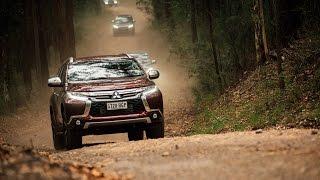 Mitsubishi Pajero Videos