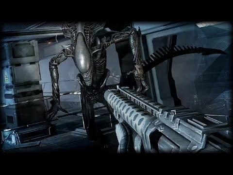 GIANT ALIEN ATTACK | Aliens VS Predator (Marine Campaign Ending)