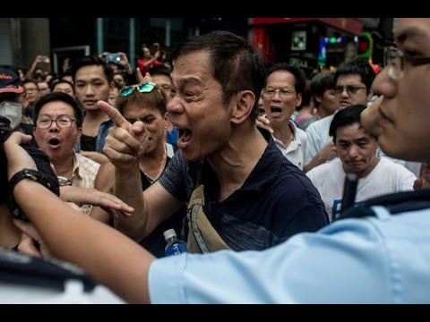 Watch: Hong Kong Subway Brawl During Occupy Protests