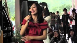 Video Dena JKT48 nyanyi Sambalado ala Azis Gagap download MP3, 3GP, MP4, WEBM, AVI, FLV Oktober 2017