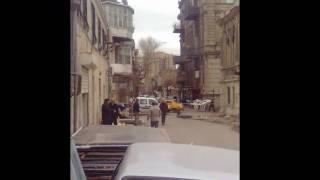 Снос домов в Баку вместе с людьми [HD](Февраль 2010. Центр Баку. Власти сносят большой старинный квартал (жилой). Жителям было предложено получить..., 2010-02-19T21:14:16.000Z)