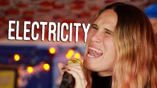 "FMLYBND - ""Electricity"" (Live in West Hollywood, CA) #JAMINTHEVAN"