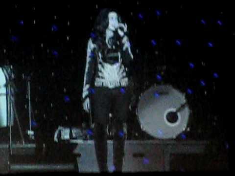 Shreya Ghosal - Shukran Allah (live) Ricoh Coliseum Toronto, ON