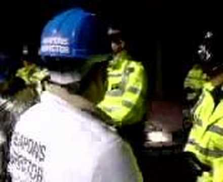 Nuclear Weapons Inspectors stopped by police at Aldermaston