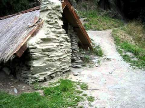 Visit the Arrowtown Chinese Settlement, New Zealand