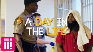 What's It Like Being A Prison Guard In America?