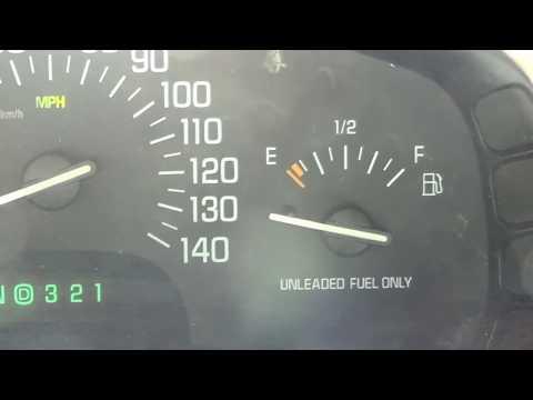 Repairing a 2002 Buick Park Avenue's Stuck Fuel Gauge