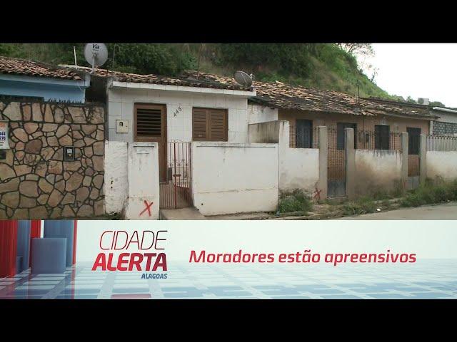Moradores da rua Marquês de Abrantes, no Bebedouro, estão apreensivos com marcação feita nas casas