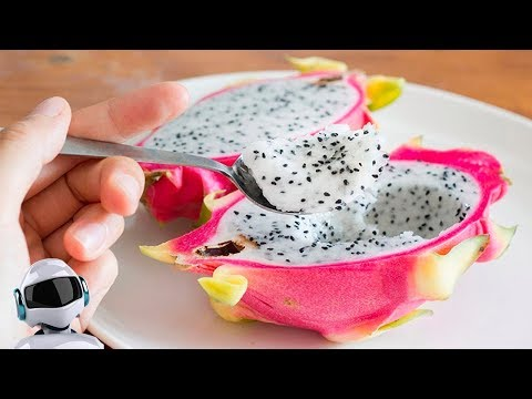 Как называется фрукт внутри белый с черными зернами