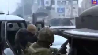 ЭКСКЛЮЗИВ ЭКСКЛЮЗИВНЫЕ КАДРЫ Чечня Грозный Штурм школы в которой засели боевики 05 12 2014 Ukraine T