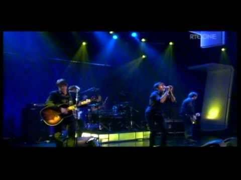 Suede - The Beautiful Ones - The Late Late Show - 29-April-2011