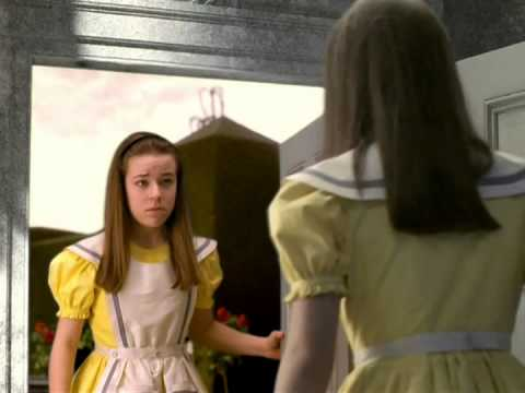 alice-in-wonderland-(1999)---through-the-looking-glass