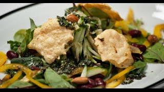 Свежий салат с красной фасолью и сырными чипсами | 7 нот вегетарианской кухни