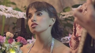 Pedrina y Rio - Enamorada (Videoclip).mp3