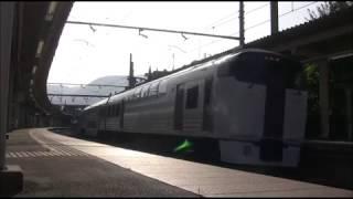 215系NL-4編成「ホリデー快速ビューやまなし」山梨市発車