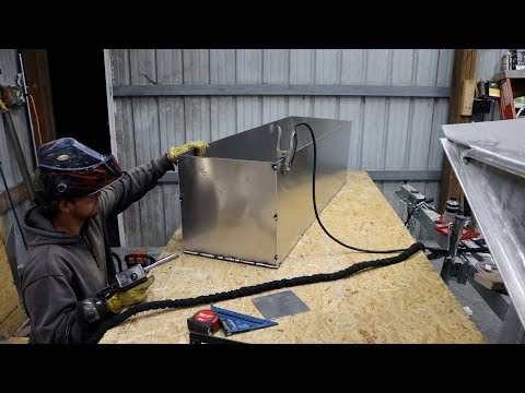 Building a 25ft Aluminum Boat Part 14 - Coon Creek Outdoors
