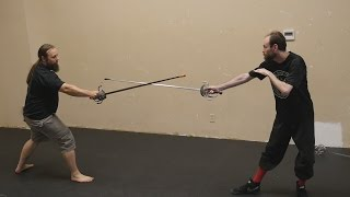 A few comments on stance and movement in rapier fencing