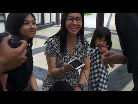 Ngecas HP Pake Roti - abracadaBRO Magic Prank Indonesia