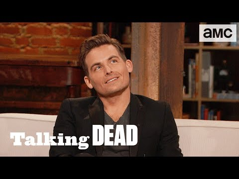 'Would Madison Stand Up to Negan to be w/ Rick?' Fan Questions Ep. 817 | Talking Dead