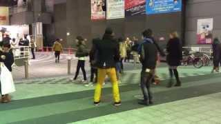 撮影日2014年2月9日 場所NGK前テレビ通り 翌日のアイロンヘッド単独ライ...