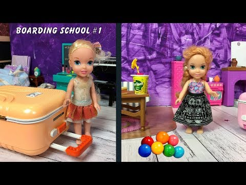 Anna and Elsa Toddlers go to Boarding School! Barbie Toys & Dolls Story - Unpacking - Back To School