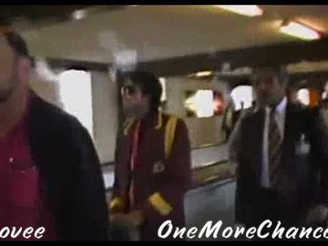 MJ at London Airport 1985 and 1988 rare and cool images