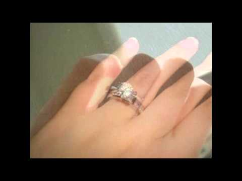 engagement-rings-on-fingers