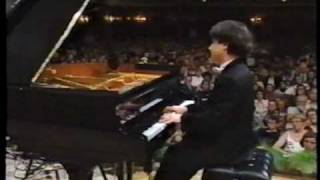 Alexei Sultanov performs Chopin