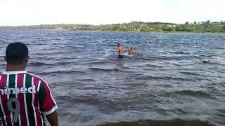 Tomando banho na lagoa de extremoz kkk