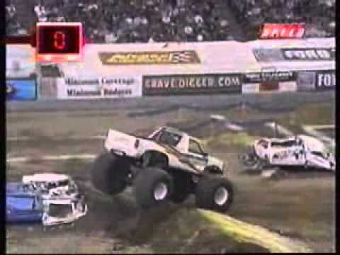 2005 USHRA Monster Trucks - Indianapolis, IN - Freestyle Part 1