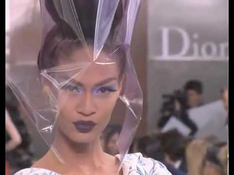 Christian Dior Haute Couture Fall Winter 2010/2011 Full Show Part 1