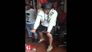 Black Motion & Zookey doing the #Vosho on Teatime 2 Lunchtime