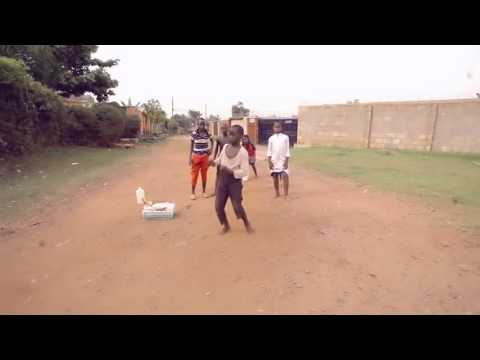 Ghetto Boys Dancing on Sytia Loss, Eddy Kenzo's hit 2014, Uganda. Kampala boys!