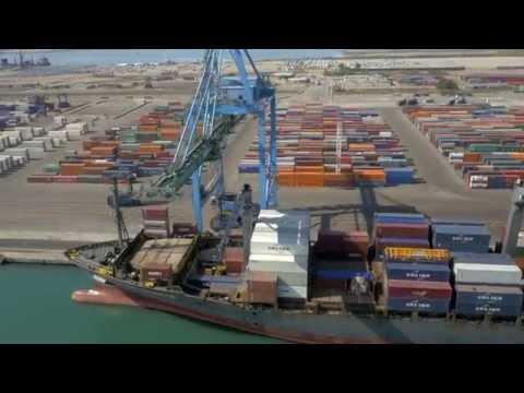 Les coulisses d'un port en activité