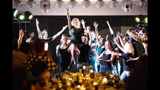Танцевальный флешмоб с участием именинницы!