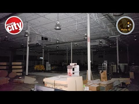 EXCLUSIVE Look Inside Abandoned Circuit City At City View Center Garfield Heights, OH