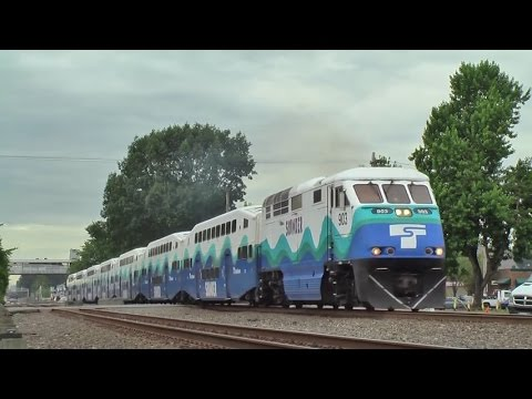 Sounder commuter rail at Kent station 2014.7