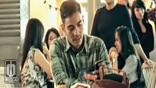 Download lagu Kahitna - Suami Terbaik (Official Music Video)
