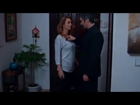 مراد علمدار و ليلى بدون مكياج مشهد رائع من وادي الذئاب الجزء 9 الحلقة 43 thumbnail