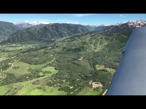 America's Most Dangerous Airport | Landing at Aspen | Cirrus SR22